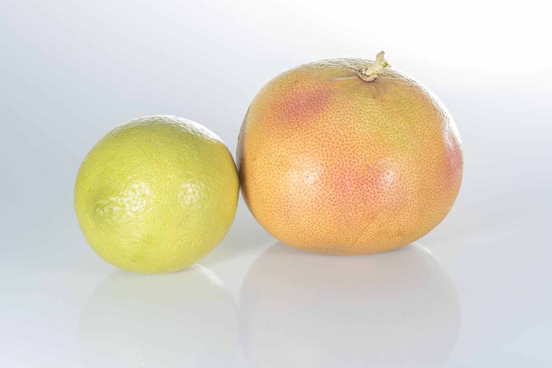 Fotografía de producto de limón y pomelo